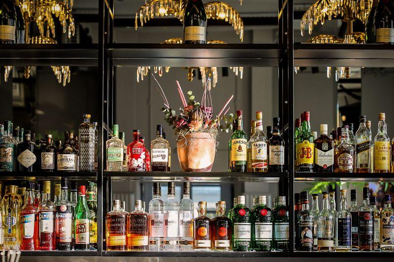 Dekorierte Bar